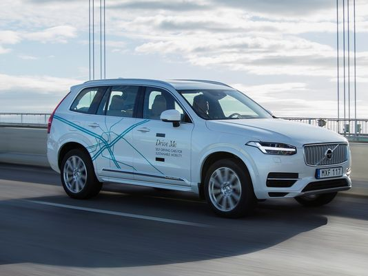 Volvo Are Going To Launch  Self-Driving Car Commuting By 2021