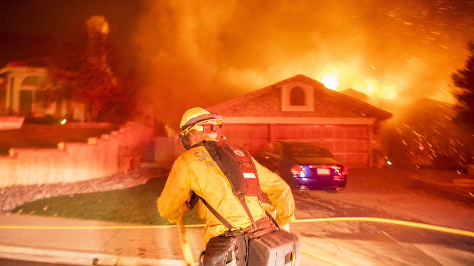 Woolsey Fire Burns Homes In Ventura County And Grows To 8,000